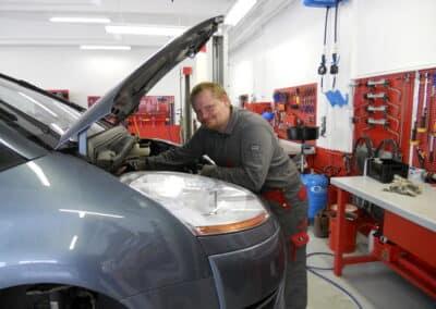 Gratis tjek af bilen inden bilsyn i Herning